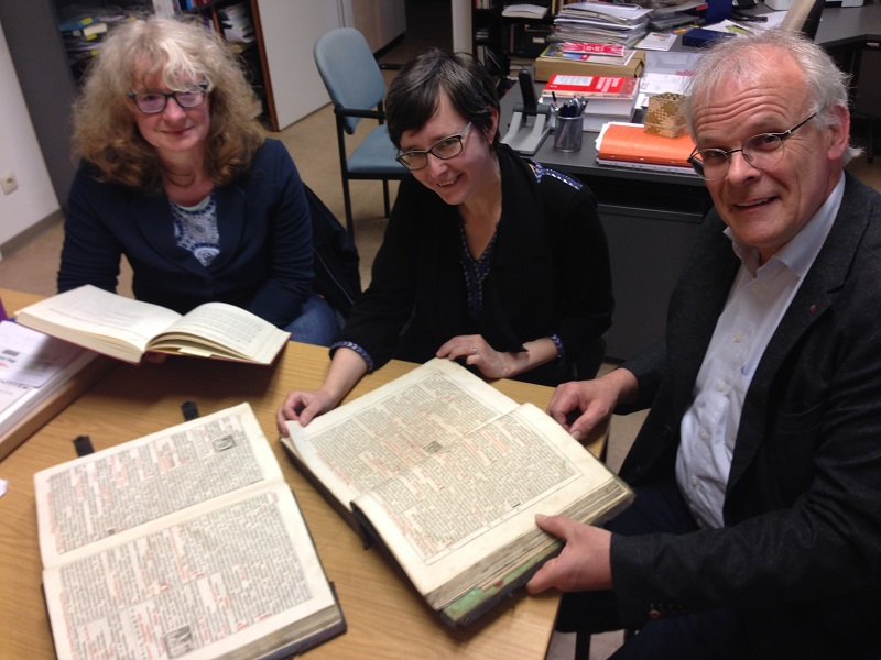 JGU Mainz Welcomes Scholar from Prague at the Hymnbook Archive